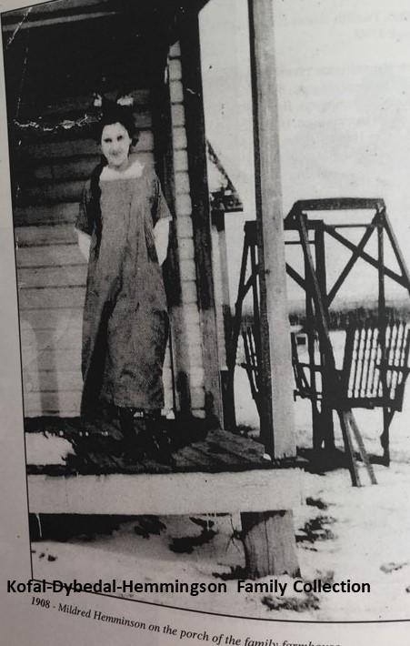 MildredOnHomestead1908